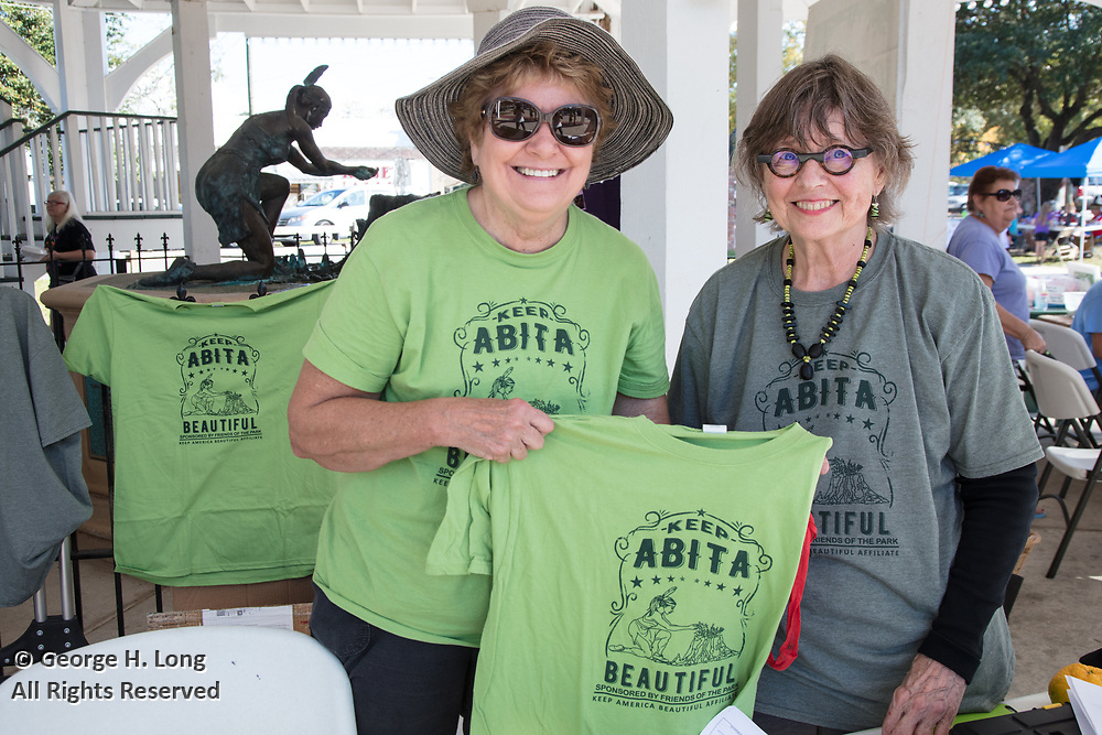 Keep Abita Beautiful at the Abita Springs Water Festival; November 5, 2017; photo by George H. Long