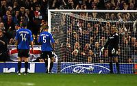 Old Trafford Manchester United v FC Copenhaghen (3-0) Champions League 17/10/2006<br />Copenhagen 'keeper  Jesper Christiansen blunder gives Kieran Richardson goal<br />Photo Roger Parker Fotosports International