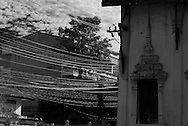 Thailand. Bangkok. Decaying temple in Thonburi/ Temple en ruine a Thonburi