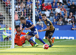 Petr Cech (L) and Hector Bellerin of Arsenal (R) in action against Andrej Kramaric of Leicester City  - Mandatory byline: Jack Phillips/JMP - 07966386802 - 26/09/2015 - SPORT - FOOTBALL - Leicester - King Power Stadium - Leicester City v Arsenal - Barclays Premier League