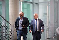DEU, Deutschland, Germany, Berlin, 27.09.2017: Frank Magnitz (L, MdB, AfD) und Waldemar Herdt (R, MdB, AfD) auf dem Weg zur Fraktionssitzung der AfD-Bundestagsfraktion im Deutschen Bundestag.