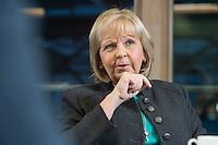 23 JAN 2017, BERLIN/GERMANY:<br /> Hannelore Kraft, SPD, Ministerpraesidentin Nordrhein-Westfalen, während einem Interview, Landesvertretung Nordrhein-Westfalen<br /> IMAGE: 20170123-02-011