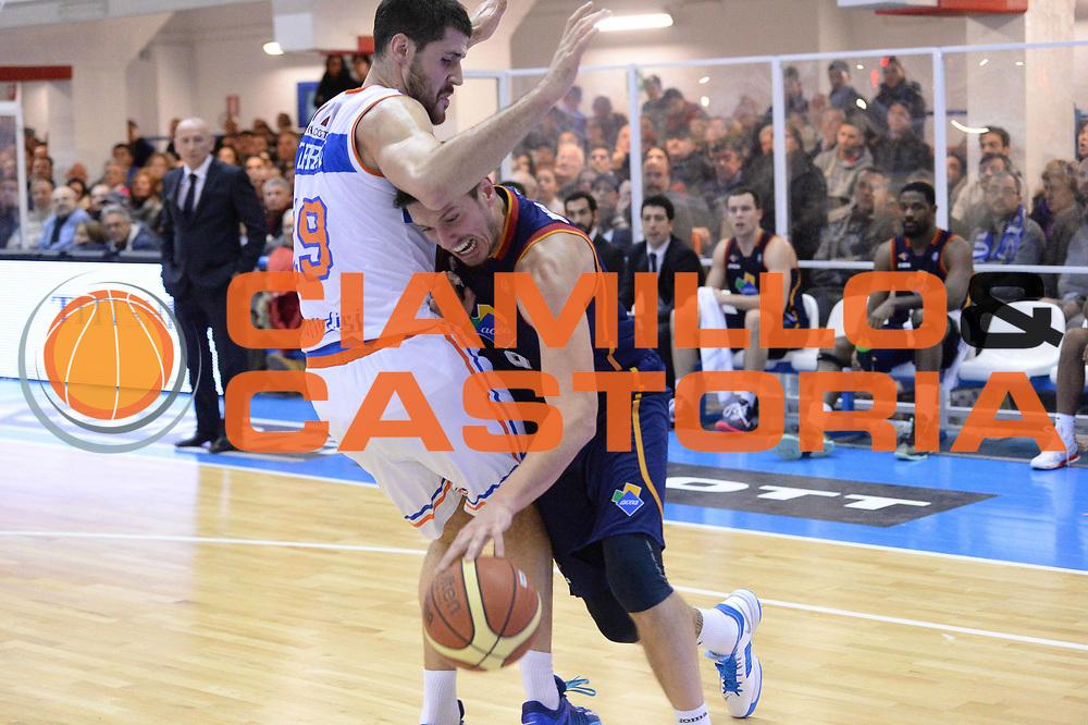 DESCRIZIONE : Brindisi Lega serie A 2013/14 Enel Brindisi Acea Virtus Roma<br /> GIOCATORE : Alex Righetti<br /> CATEGORIA : Palleggio Penetrazione<br /> SQUADRA : Acea Virtus Roma<br /> EVENTO : Campionato Lega Serie A 2013-2014<br /> GARA : Enel Brindisi Acea Virtus Roma <br /> DATA : 26/01/2014<br /> SPORT : Pallacanestro<br /> AUTORE : Agenzia Ciamillo-Castoria/GiulioCiamillo<br /> Galleria : Lega Seria A 2013-2014<br /> Fotonotizia : Brindisi Lega serie A 2013/14 Enel Brindisi Acea Virtus Roma<br /> Predefinita :