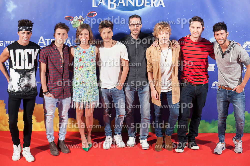 26.08.2015, Kinepolis Cinema, Madrid, ESP, Atrapa la Bandera, Premiere, im Bild Film director Enrique Gato, actors Michelle Jenner and Dani Rovira and music band Auryn pose // during the premiere of spanish cartoon 'Capture The Flag&quot; at the Kinepolis Cinema in Madrid, Spain on 2015/08/26. EXPA Pictures &copy; 2015, PhotoCredit: EXPA/ Alterphotos/ Victor Blanco<br /> <br /> *****ATTENTION - OUT of ESP, SUI*****