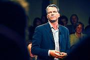 Nederland, Utrecht, 09-11-2006..Verkiezingsbijeenkomst van de PvdA in Tivoli. Wouter Bos spreekt de aanwezigen toe.Verkiezingen tweede kamer. Politieke partij...Foto: Flip Franssen