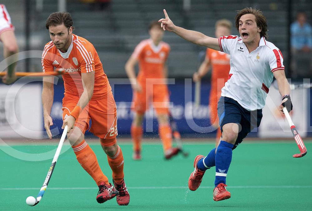 ROTTERDAM - Hock World League Semi Final Men<br /> Netherlands v France<br /> foto: Rogier Hofman (l) GENESTET Hugo.<br /> FFU PRESS AGENCY COPYRIGHT FRANK UIJLENBROEK