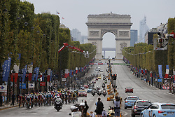 July 29, 2018 - Paris Champs-Elysees, France - PARIS CHAMPS-ELYSEES, FRANCE - JULY 29 : illustration picture of the peloton at the Arc de Triomphe  during stage 21 of the 105th edition of the 2018 Tour de France cycling race, a stage of 116 kms between Houilles and Paris Champs-Elysees on July 29, 2018 in Paris Champs-Elysees, France, 29/07/18 (Credit Image: © Panoramic via ZUMA Press)
