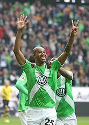 Football: Germany, 1. Bundesliga, VfL Wolfsburg - Borussia Dortmund (BVB), Wolfsburg - 16.05.2015,<br /> Naldo (Wolfsburg) celebrates<br /> <br /> &copy; pixathlon<br /> <br /> +++ NED out !!! +++