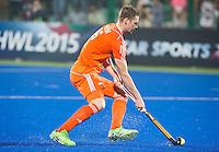 RAIPUR (India) . Mirco Pruijser (Ned) tijdens de shoot outs  van  de wedstrijd om de derde plaats  tussen  de mannen van Nederland en India  in de finaleronde van het  Hockey World League .  Nederland verliest na shoot-outs.   COPYRIGHT  KOEN SUYK