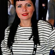 NLD/Amsterdam/20100716 - Inloop modeshow Monique de Collignon bij de AIF, Sanne Kraaijkamp