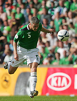 Photo: Andrew Unwin.<br />Northern Ireland v Iceland. European Championships 2008 Qualifying. 02/09/2006.<br />Northern Ireland's Stephen Craigan.
