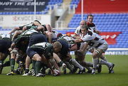 Reading, GREAT BRITAIN, Exile Richie REES, pick up from the back of the scrum,   during the EDF Energy Cup, rugby match, London Irish vs Saracens at the Madejski  Stadium, ENGLAND, 30/09/2006. [Photo, Peter Spurrier/Intersport-images].