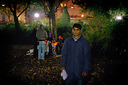 [English]  Hossein, 17, spending one more night in the park, for want of anything better. For respect of the international conventions, France should take in charge every minor on its territory.<br />