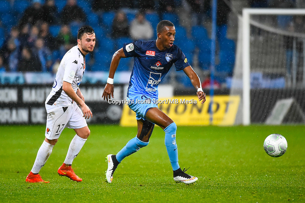 Martin MIMOUN / Moussa SAO  - 12.12.2014 - Le Havre / Laval - 17eme journee de Ligue 2 <br /> Photo : Fred Porcu / Icon Sport