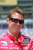 Scott Dixon at the Kansas Speedway, Kansas Indy 300, July 3, 2005