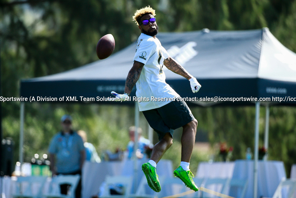 January 29 2016: Team Rice Odell Beckham Jr. does some promo with GoPro after the Pro Bowl practice at Turtle Bay Resort on Oahu, HI. (Photo by Aric Becker/Icon Sportswire)