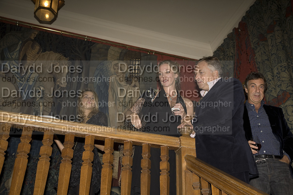 EDMONDO DI ROBILAT AND LADY LIZA CAMPBELL, Party for David LaChapelle and Ron Arad given by Ivor Braka. Cadogan sq. London. 10 October 2007. -DO NOT ARCHIVE-© Copyright Photograph by Dafydd Jones. 248 Clapham Rd. London SW9 0PZ. Tel 0207 820 0771. www.dafjones.com.