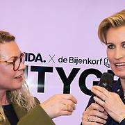 NLD/Amsterdam/20180212 - Lancering Linda 163 + #Beautygeheim, Jildou van der Bijl en Anouk Smulders - Voorveld