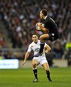 Twickenham, GREAT BRITAIN,     Israel DAGG, calls for the mark. QBE. Autumn International;  England vs New Zealand, Rugby match.  Autumn, International Test Series.  RFU. Twickenham Stadium, Surrey.  Saturday  01/12/2012..[Mandatory Credit; Peter Spurrier/Intersport-images]