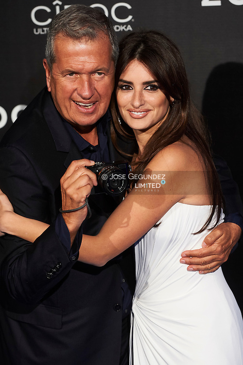 Penelope Cruz, Mario Testino attend 'Zoolander No. 2' film premiere at Capitol Cinema on February 1, 2016 in Madrid, Spain