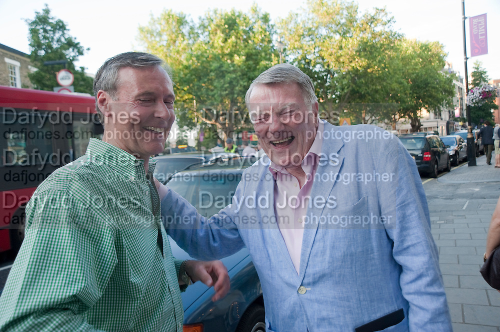IAN GRIMSHAW; BRYAN ANGEL, Pimlico Road party. 22 June 2010. -DO NOT ARCHIVE-© Copyright Photograph by Dafydd Jones. 248 Clapham Rd. London SW9 0PZ. Tel 0207 820 0771. www.dafjones.com.