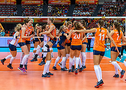 15-10-2018 JPN: World Championship Volleyball Women day 16, Nagoya<br /> Netherlands - USA 3-2 / (L-R) Kirsten Knip #1 of Netherlands, Lonneke Sloetjes #10 of Netherlands, Laura Dijkema #14 of Netherlands, Myrthe Schoot #9 of Netherlands, Maret Balkestein-Grothues #6 of Netherlands, /ml18/, Nicole Koolhaas #22 of Netherlands, Tessa Polder #20 of Netherlands, Yvon Belien #3 of Netherlands, Anne Buijs #11 of Netherlands, Juliet Lohuis #7 of Netherlands