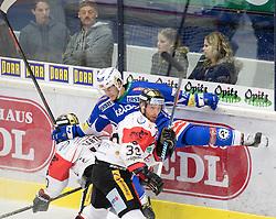 18.09.2016, Stadthalle, Villach, AUT, EBEL, EC VSV vs HC Orli Znojmo, 2. Runde, im Bild v.l. David Bartos (Znojmo), Tomas Plihal (Znojmo), Stefan Bacher (EC VSV) // during the Erste Bank Icehockey League 2nd Round match between EC VSV vs HC Orli Znojmo at the Stadthalle in Villach, Austria on 2016/09/18. EXPA Pictures © 2016, PhotoCredit: EXPA/ Johann Groder
