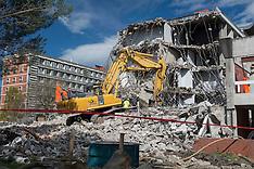 Christchurch-Demolition of the quake damaged Hilgendorf building, Lincoln Unive
