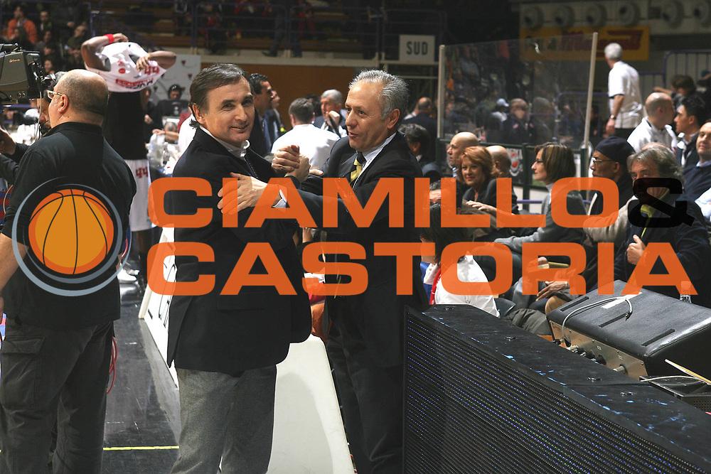 DESCRIZIONE : Bologna Final Eight 2008 Semifinale Scavolini Spar Pesaro La Fortezza Virtus Bologna<br /> GIOCATORE : Claudio Sabatini Montini  <br /> SQUADRA : La Fortezza Virtus Bologna Scavolini Spar Pesaro<br /> EVENTO : Tim Cup Basket For Life Coppa Italia Final Eight 2008 <br /> GARA : Scavolini Spar Pesaro La Fortezza Virtus Bologna<br /> DATA : 09/02/2008 <br /> CATEGORIA : Fair Play<br /> SPORT : Pallacanestro <br /> AUTORE : Agenzia Ciamillo-Castoria/M.Marchi