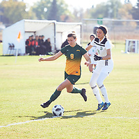 5th year mid-Fielder, Nikita Senko (9) of the Regina Cougars during the Women's Soccer away game on Sat Oct 06 at Universtity of Saskatchewan . Credit: Arthur Ward/Arthur Images