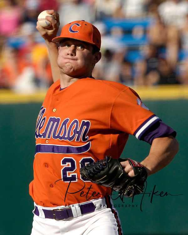 Clemson's Stephen Faris pitched a complete game against North Carolina but took the loss.  The North Carolina Tar Heels defeated Clemson 2-0 at the College World Series at Rosenblatt Stadium in Omaha, Nebraska, June 18, 2006