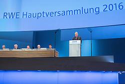20.04.2016, Messe Essen, Essen, GER, Hauptversammlung RWE AG, im Bild Dr. Manfred Schneider (Vorsitzender des Aufsichtsrats der RWE AG) // during the annual general meeting of RWE AG at the Messe Essen in Essen, Germany on 2016/04/20. EXPA Pictures © 2016, PhotoCredit: EXPA/ Eibner-Pressefoto/ Deutzmann<br /> <br /> *****ATTENTION - OUT of GER*****