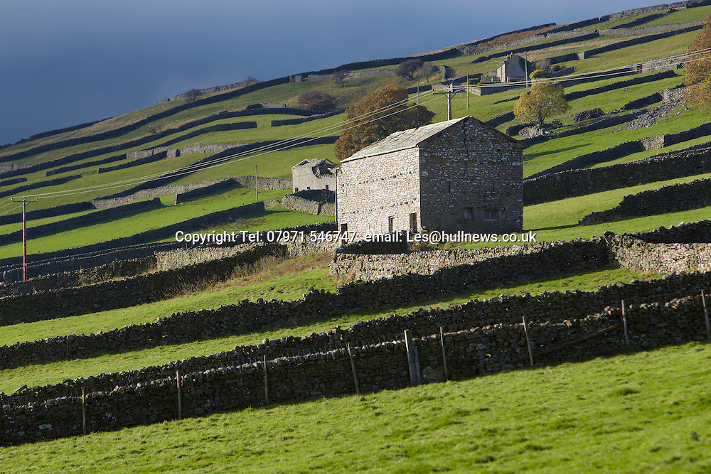 Stunning grade II listed barn conversion to rent in the Yorkshire Dales near Garside and Hawes.<br />