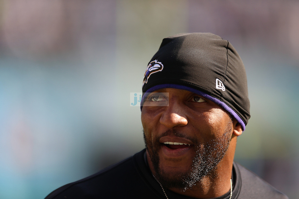 Baltimore Ravens linebacker Ray Lewis (52) looks on against the San Diego Chargers during an NFL game on Sunday, November 25, 2012 in San Diego, CA.  (Photo by Jed Jacobsohn)