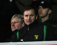 London - Wednesday, December 12th, 2008: Glenn Roeder of Norwich City against Watford during the Coca Cola Championship match at Vicarage Road, London. (Pic by Chris Ratcliffe/Focus Images)
