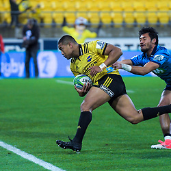 Julian Savea scores during the Super Rugby match between the Hurricanes and Blues at Westpac Stadium in Wellington, New Zealand on Saturday, 7 July 2018. Photo: Dave Lintott / lintottphoto.co.nz