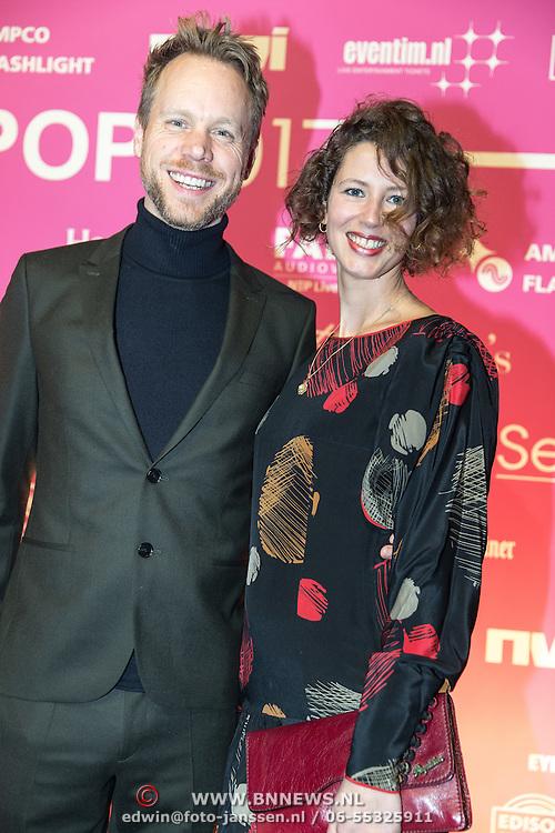 NLD/Amsterdam/201702013- Edison Pop Awards 2017, Diggy Dex en partner