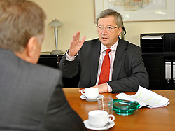 Jean-Claude Juncker, Luxembourg's prime minister, right, and Mirek Topolanek, prime minister of the Czech Republic, talk during their bilateral meeting in Brussels, Belgium, Friday, Nov. 7, 2008. (Photo © Jock Fistick)