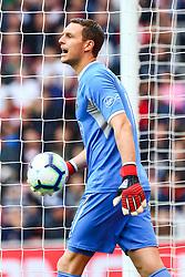 Alex McCarthy of Southampton - Mandatory by-line: Ryan Hiscott/JMP - 12/08/2018 - FOOTBALL - St Mary's Stadium - Southampton, England - Southampton v Burnley - Premier League