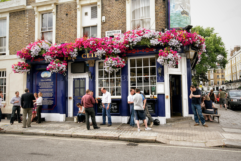 The Tea Clipper, a traditional English Pub, London, England (Horizontal).