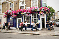 The Tea Clipper, a traditional English Pub, London, England (Horizontal).