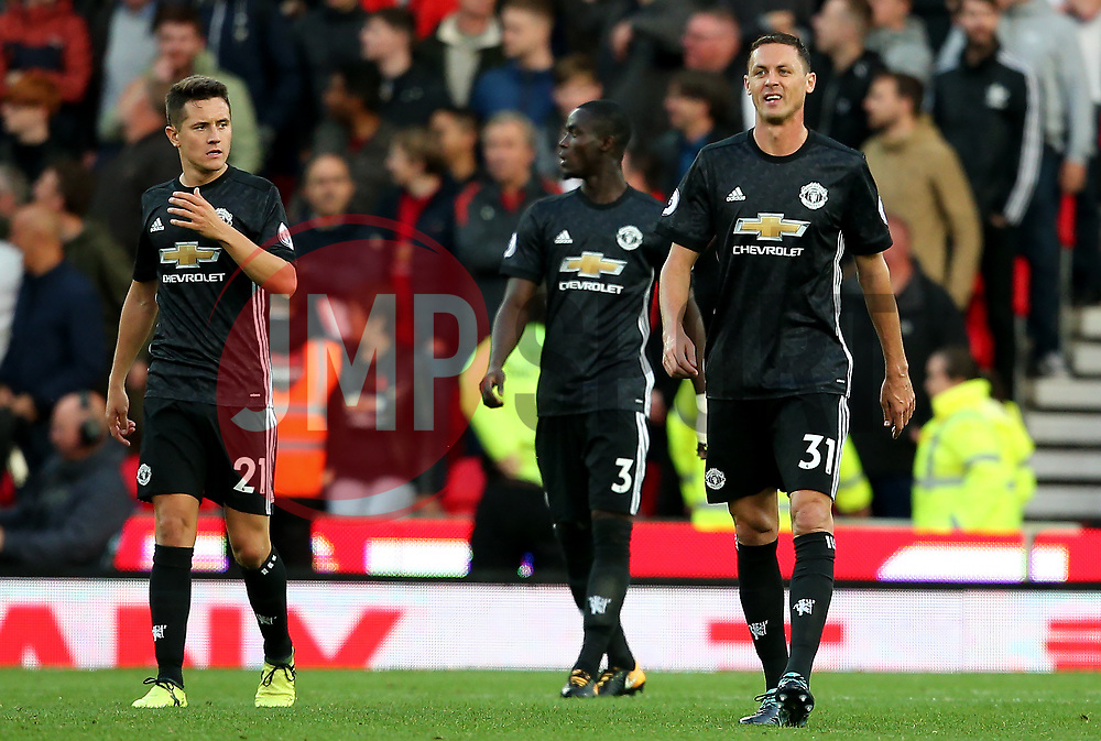 Manchester United players look dejected after conceding the second goal - Mandatory by-line: Matt McNulty/JMP - 09/09/2017 - FOOTBALL - Bet365 Stadium - Stoke-on-Trent, England - Stoke City v Manchester United - Premier League
