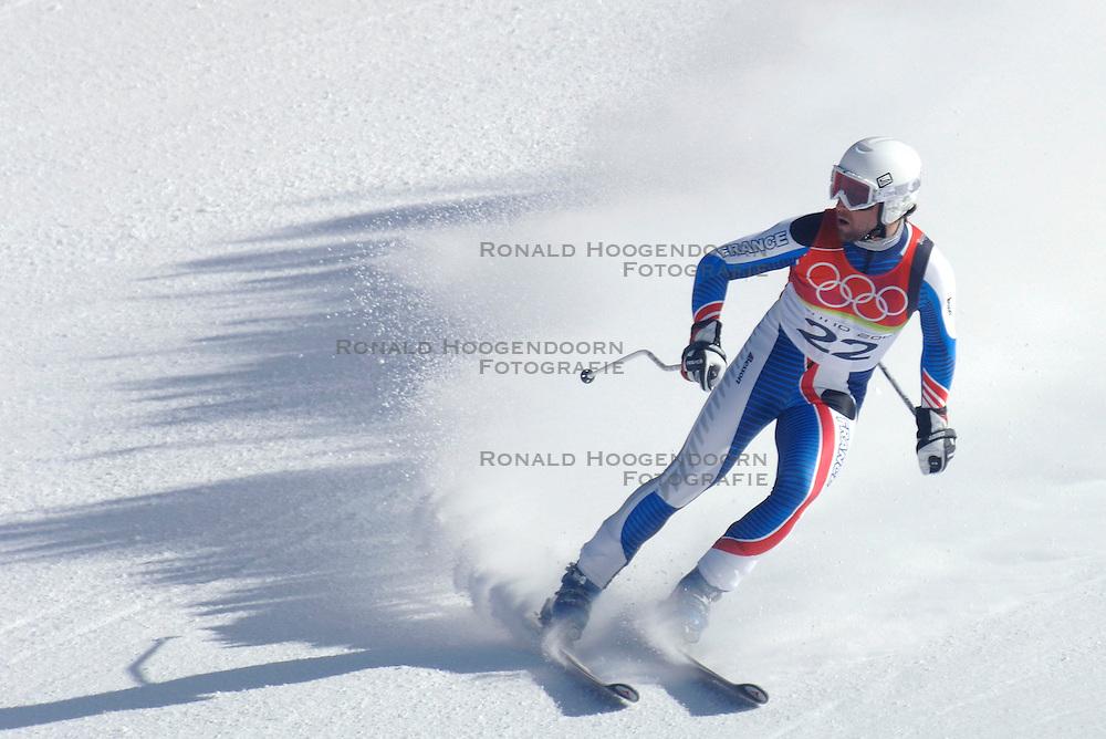 12-02-2006 SKIEN: AFDALING: OLYMPISCHE WINTERSPELEN: TORINO<br /> Pierre Emmanuel Dalcin (FRA)<br /> &copy;2006-WWW.FOTOHOOGENDOORN.NL