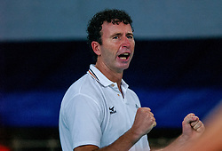 06-10-2002 ARG: World Champioships Netherlands - Brasil, Santa Fe<br /> Coach Bert Goedkoop/  NEDERLAND - BRAZILIE 0-3<br /> WORLD CHAMPIONSHIP VOLLEYBALL 2002 ARGENTINA<br /> SANTA FE / 06-10-2002