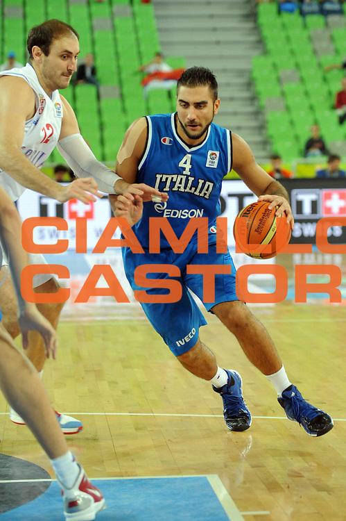 DESCRIZIONE : Lubiana Ljubliana Slovenia Eurobasket Men 2013 Finale Settimo Ottavo Posto Serbia Italia Final for 7th to 8th place Serbia Italy<br /> GIOCATORE : Pietro Aradori<br /> CATEGORIA : Palleggio<br /> SQUADRA : Italia Italy<br /> EVENTO : Eurobasket Men 2013<br /> GARA : Serbia Italia Serbia Italy<br /> DATA : 21/09/2013 <br /> SPORT : Pallacanestro <br /> AUTORE : Agenzia Ciamillo-Castoria/Max.Ceretti<br /> Galleria : Eurobasket Men 2013<br /> Fotonotizia : Lubiana Ljubliana Slovenia Eurobasket Men 2013 Finale Settimo Ottavo Posto Serbia Italia Final for 7th to 8th place Serbia Italy<br /> Predefinita :