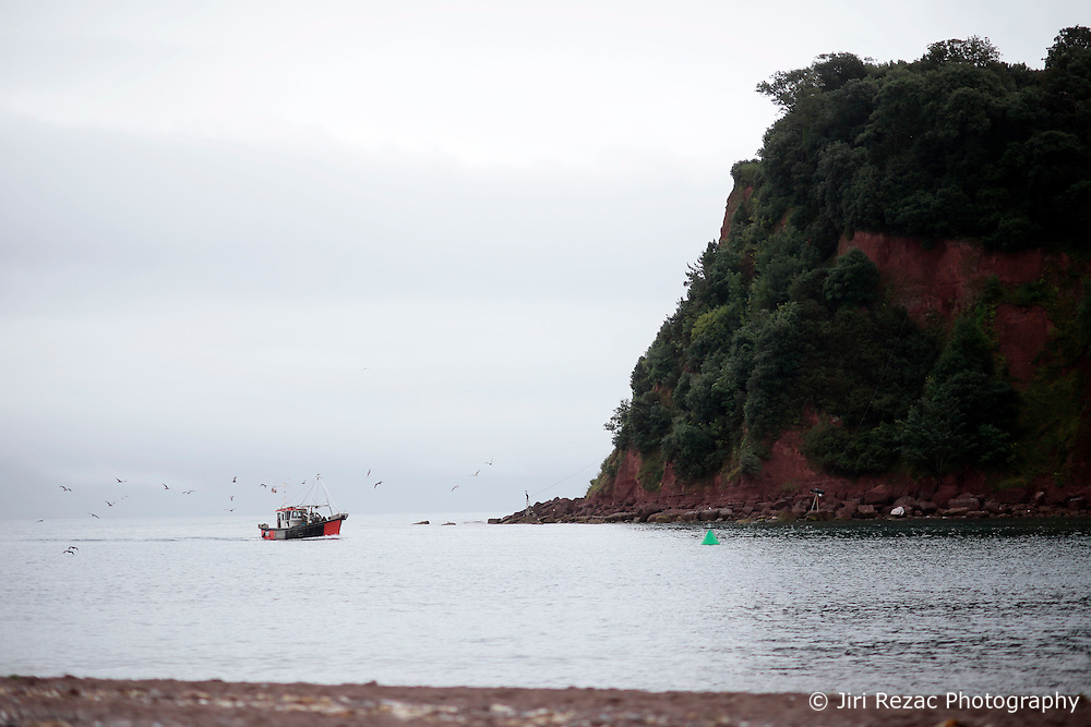 UK ENGLAND DEVON TEIGNMOUTH 10SEP16 - A fishing boat arrives back at Teignmouth harbour, Devon, England.<br /> <br /> jre/Photo by Jiri Rezac<br /> <br /> © Jiri Rezac 2016