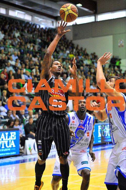 DESCRIZIONE : Campionato 2013/14 Dinamo Banco di Sardegna Sassari - Pasta Reggia Caserta<br /> GIOCATORE : Chris Roberts<br /> CATEGORIA : Tiro Penetrazione<br /> SQUADRA : Pasta Reggia Juve Caserta<br /> EVENTO : LegaBasket Serie A Beko 2013/2014<br /> GARA : Dinamo Banco di Sardegna Sassari - Pasta Reggia Caserta<br /> DATA : 27/04/2014<br /> SPORT : Pallacanestro <br /> AUTORE : Agenzia Ciamillo-Castoria / Luigi Canu<br /> Galleria : LegaBasket Serie A Beko 2013/2014<br /> Fotonotizia : Campionato 2013/14 Dinamo Banco di Sardegna Sassari - Pasta Reggia Caserta<br /> Predefinita :