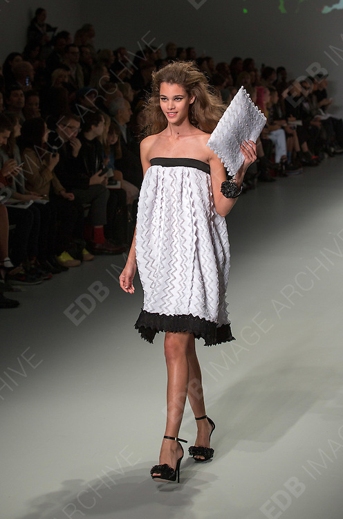 14.SEPTEMBER.2013. LONDON<br /> <br /> SISTER BY SIBLING CATWALK SHOW AT LONDON FASHION WEEK 2013<br /> <br /> BYLINE: EDBIMAGEARCHIVE.CO.UK<br /> <br /> *THIS IMAGE IS STRICTLY FOR UK NEWSPAPERS AND MAGAZINES ONLY*<br /> *FOR WORLD WIDE SALES AND WEB USE PLEASE CONTACT EDBIMAGEARCHIVE - 0208 954 5968*