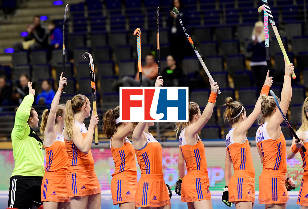 BERLIN - Indoor Hockey World Cup<br /> Women: 03 Netherlands - Switzerland <br /> foto: NL line up.<br /> WORLDSPORTPICS COPYRIGHT FRANK UIJLENBROEK