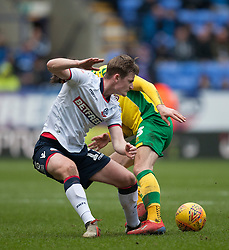 Callum Connolly of Bolton Wanderers (L) and Kenny McLean of Norwich City - Mandatory by-line: Jack Phillips/JMP - 16/02/2019 - FOOTBALL - University of Bolton Stadium - Bolton, England - Bolton Wanderers v Norwich City -  English Football League Championship